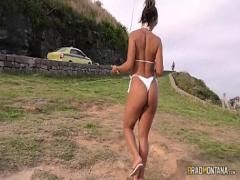 Super video category latina (802 sec). Cavala Luna Oliveira de putaria com machos nas ruas e praias cariocas.